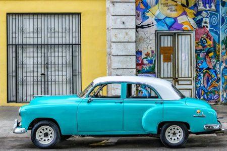 Fabulous vintage autos in Havana!