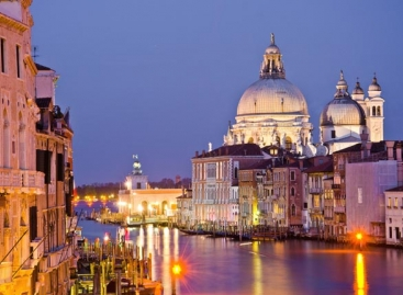 Christmas in Venice with Kirker Holidays