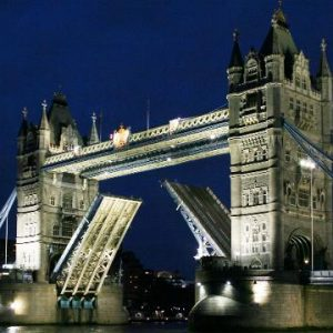 Tower Bridge opens just for a Smithsonian Journeys cruise!